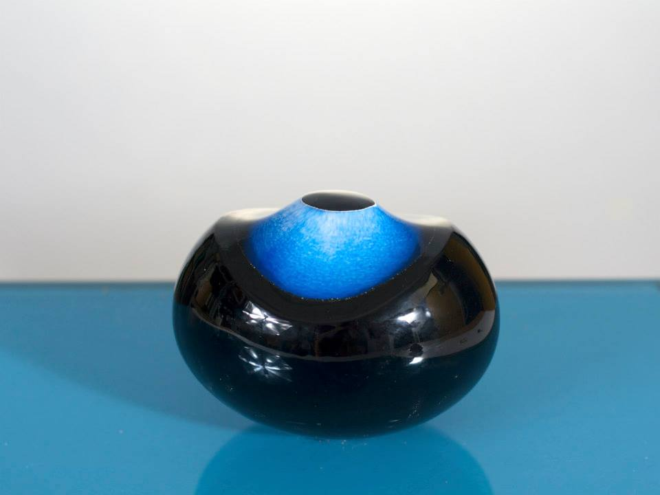 <strong>Eye, cut-blown glass, 2014</strong><br />