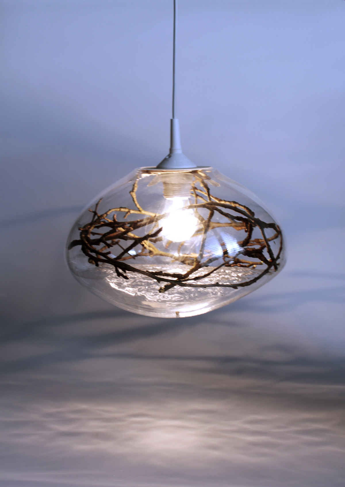 <strong>Lamp Wood, free-blown glass, 2015</strong><br />